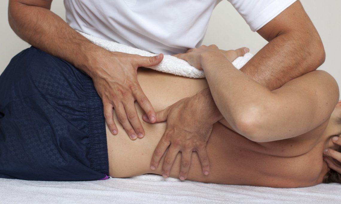 درمان های دستی ستون فقرات (مانیپولاسیون)