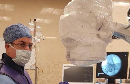 إعادة بناء وعلاج الخلايا للمفاصل (هشاشة العظام) والأنسجة الرخوة
